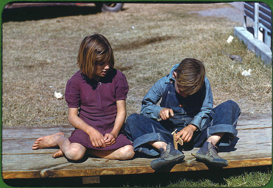 girl and boy in texas 1942