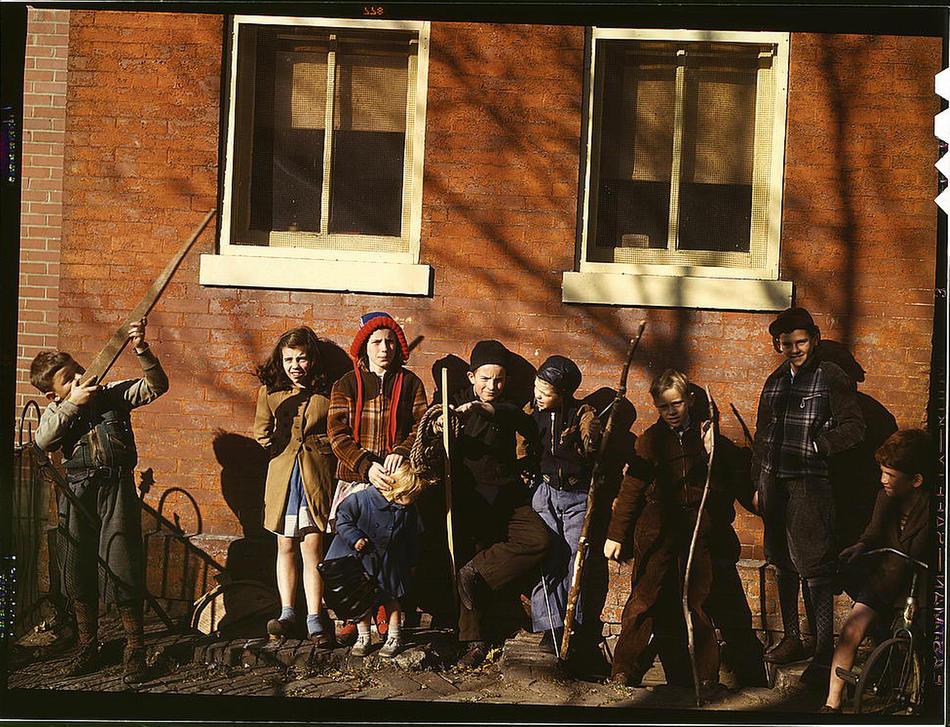 kids with wood guns
